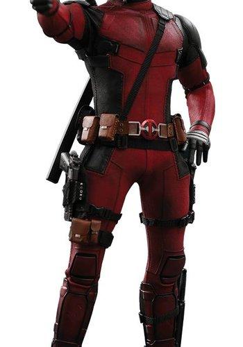 Marvel:  Deadpool 2 - deadpool 1:6 scale figure