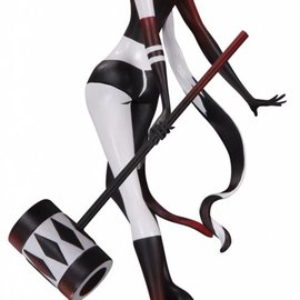 Diamond Direct DC comics: Artists alley Sho Murasse - Harley PVC statue