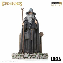 Iron Studios Lord of the Rings: Deluxe Gandalf 1:10 Scale Statue