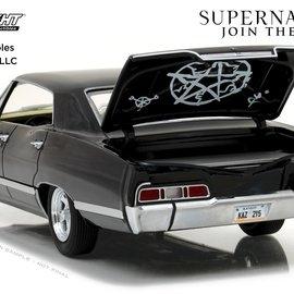 Greenlight Supernatural TV Series: 1967 Chevrolet Impala 1:24