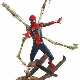 Diamond Direct Marvel Premier Collection: Avengers 3 Iron Spider-Man Statue