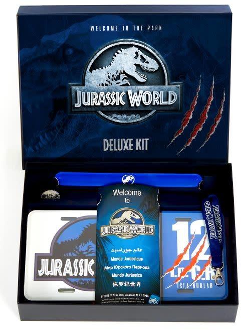 Jurassic World: Deluxe Kit