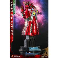 Marvel: Avengers Endgame - Hulk Version Nano Gauntlet 1:4 Scale