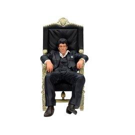 SD Toys Scarface: Sitting Tony Montana 18 cm Figure