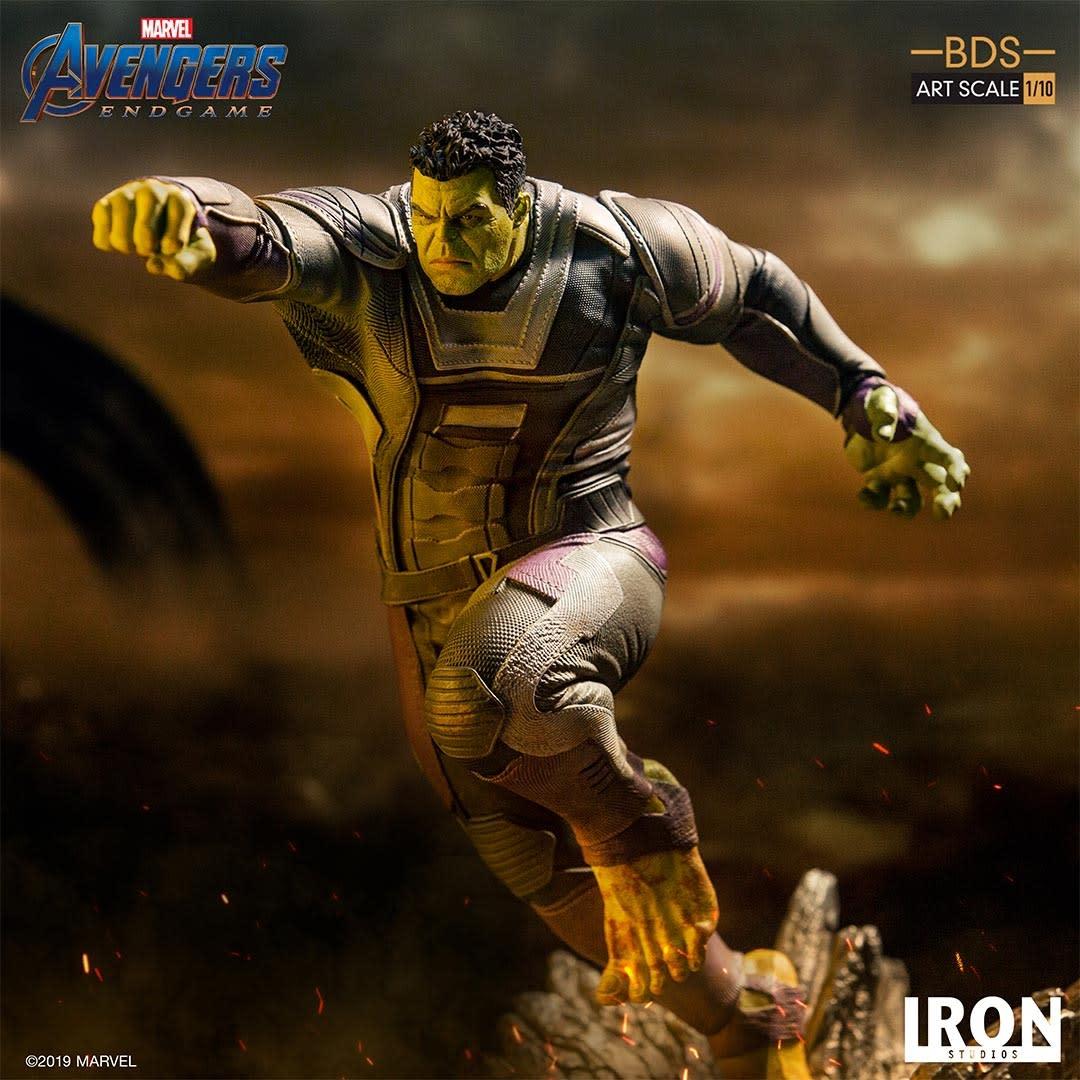Iron Studio PRE ORDER: Marvel: Avengers Endgame - The Hulk 1:10 scale Statue