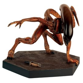 Diamond Direct Alien Predator: Fig Special Nr. 10 Mega Runner Xenomorph