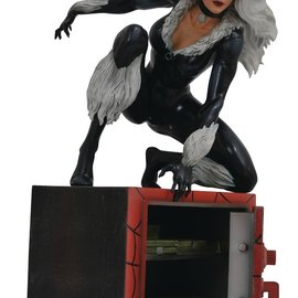 Diamond Direct Marvel Gallery: Black Cat Comic PVC Figure