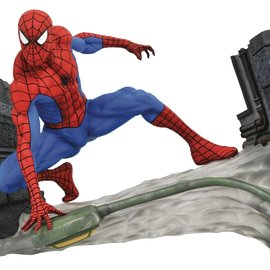 Diamond Direct Marvel Gallery: Spider-Man Comic PVC Figure