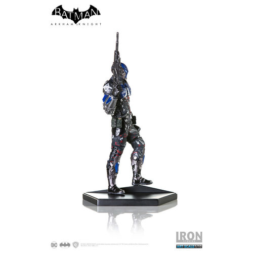 Iron Studios DC Comics: Batman Arkham Knight - Arkham Knight 1:10 Scale Statue
