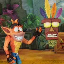 NECA Crash Bandicoot: Ultra Deluxe Crash Bandicoot - 7 inch Scale Figure