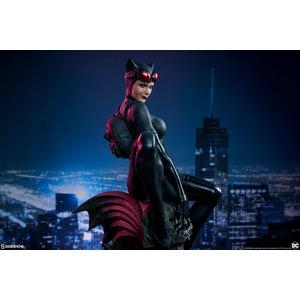 Sideshow DC Comics: Catwoman Premium Statue