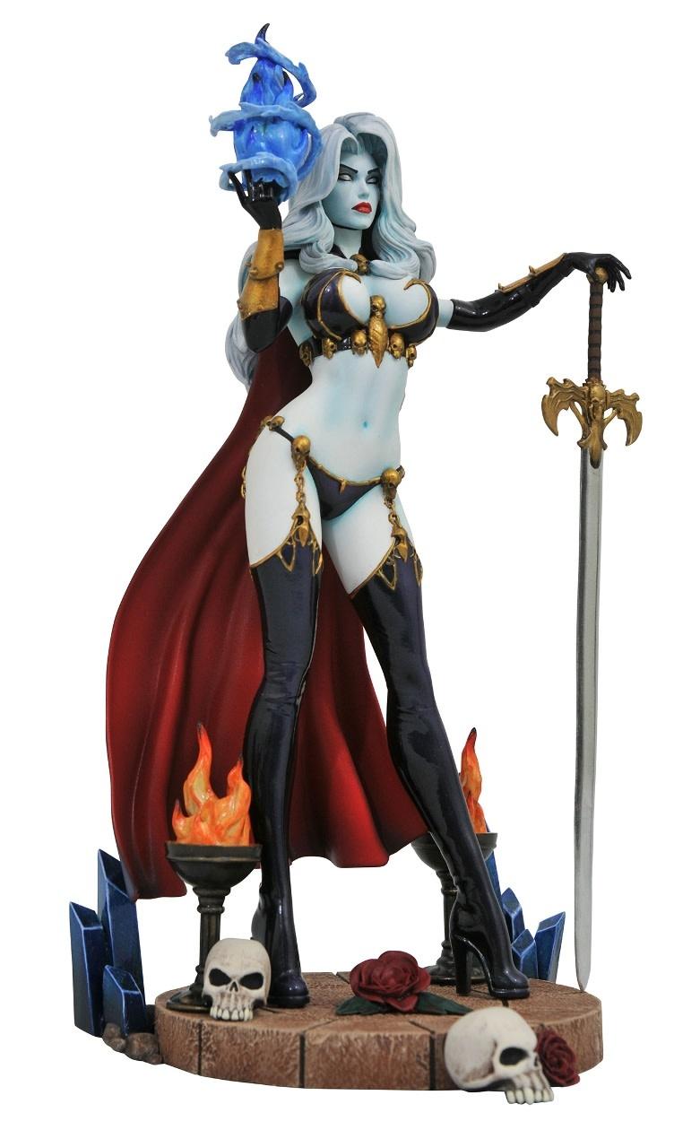 Diamond Direct Femme Fatales: Lady Death PVC Figure Diorama