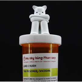 Kidrobot The Prisoner - Vicodin edition