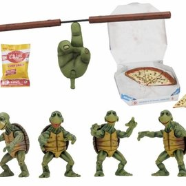 NECA TMNT: 1990 Movie - Baby Turtles Accessory Set 1:4 Scale Figures