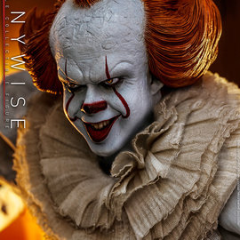 Hot toys pre order: IT: Chapter Two - Pennywise 1:6 Scale Figure
