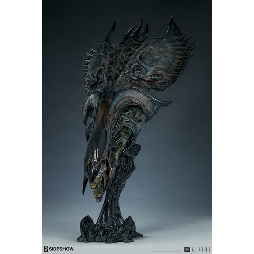 Sideshow Pre order: Aliens: Alien Queen Mythos Legendary Scale Bust