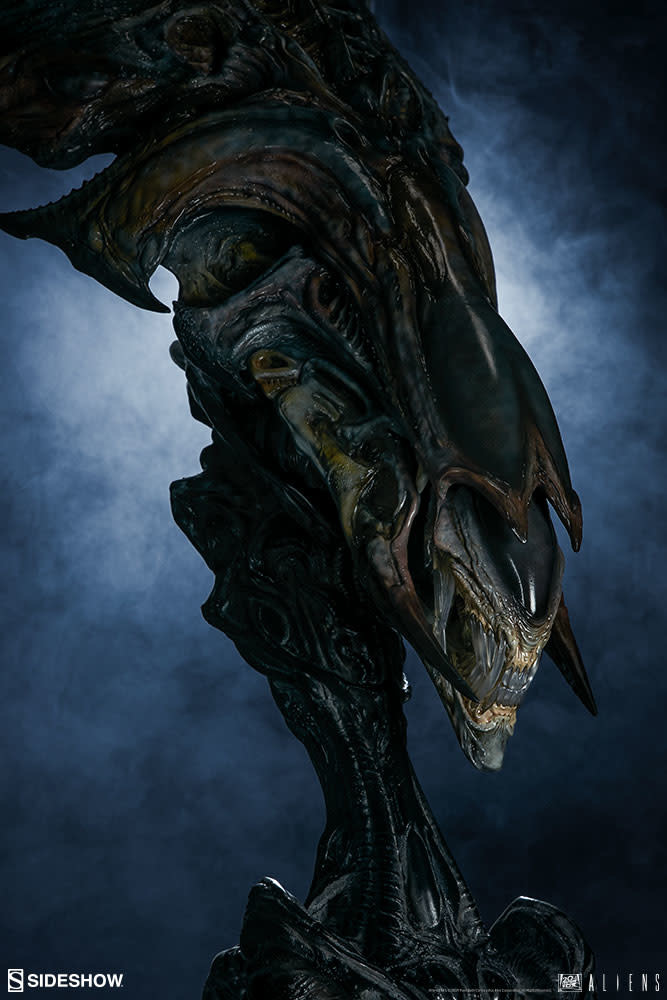 Sideshow Pre order: Aliens: Alien Queen Mythos Legendary Scale Bust