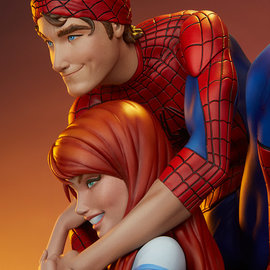 Sideshow Pre order: Marvel: Spider-Man and Mary Jane Maquette