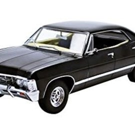 Greenlight Supernatural TV Series: 1967 Chevrolet Impala 1:18