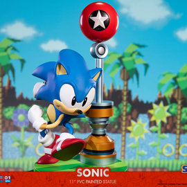 First 4 Figures Pre order:  Sonic: Sonic the Hedgehog 11 inch PVC Statue