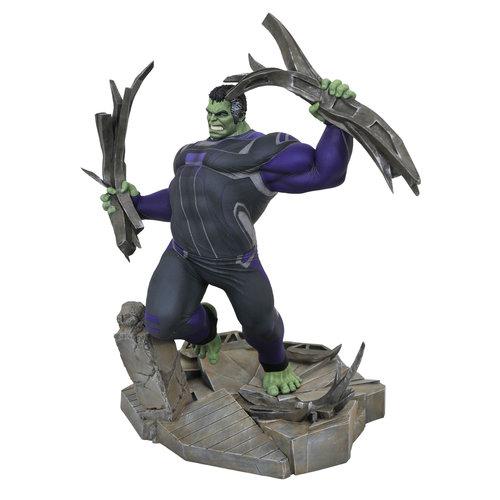 Diamond Direct Marvel Gallery: Avengers Endgame - Tracksuit Hulk Deluxe PVC Statue