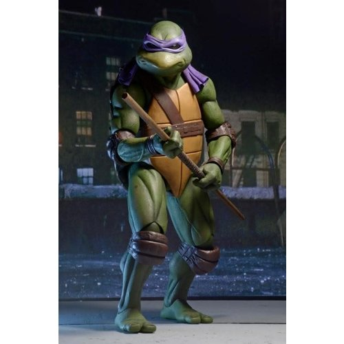 NECA TMNT: 1990 Movie - Donatello 1:4 Scale Figure