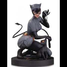 Diamond Direct DC Comics: Designer Series - Catwoman Statue by Stanley Lau