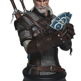 Dark Horse The Witcher 3: Wild Hunt - Geralt Playing Gwent Bust
