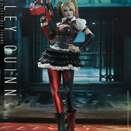 Hot toys DC Comics: Batman Arkham Knight - Harley Quinn 1:6 Scale Figure