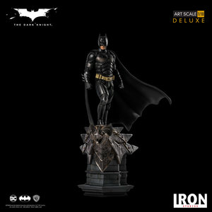 Iron Studios DC Comics: The Dark Knight - Batman 1:10 Scale Statue