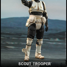 Hot toys Star Wars: The Mandalorian - Scout Trooper 1:6 Scale Figure