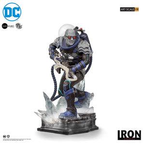 DC Comics: Mr. Freeze 1:10 Scale Statue by Ivan Reis