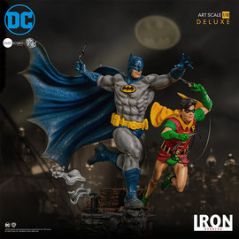 Iron Studios DC Comics: Batman and Robin 1:10 Scale Statue by Ivan Reis