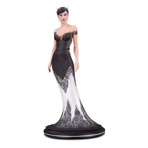 Diamond Direct DC Comics: Cover Girls - Catwoman Wedding Dress Statue by Joelle Jones