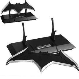 DC Comics: Batman Batarang Prop Replica