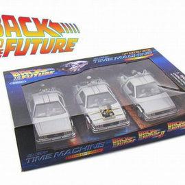 Welly Back to the future: Delorean giftbox  1:24 scale