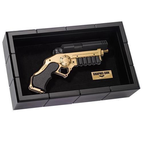 The Noble Collection DC Comics: The Dark Knight Grapnel Gun