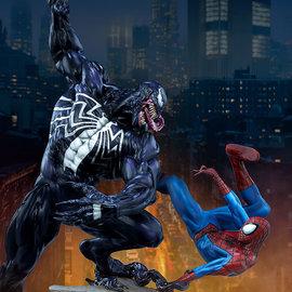 Sideshow Toys Marvel: Spider-Man vs Venom Maquette