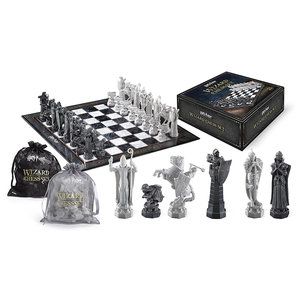 The Noble Collection Harry Potter: Wizard Chess Set