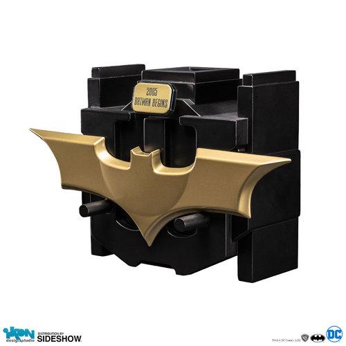 Sideshow Toys DC Comics: Batman Begins - Metal Batarang Prop Replica