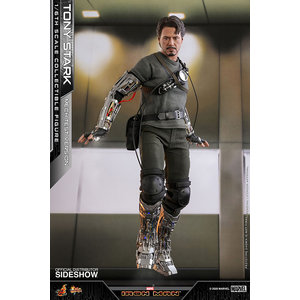 Hot toys Marvel: Iron Man - Deluxe Tony Stark Mech Test Version 1:6 Scale Figure