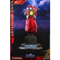 Marvel: Avengers Endgame - Movie Promo Edition Nano Gauntlet 1:4 Scale