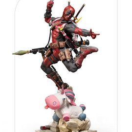 Iron Studios Marvel: Deadpool 1:10 Scale Statue