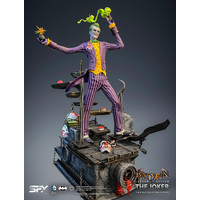 DC Comics: Batman Arkham Asylum - Exclusive Joker 1:8 Scale Statue
