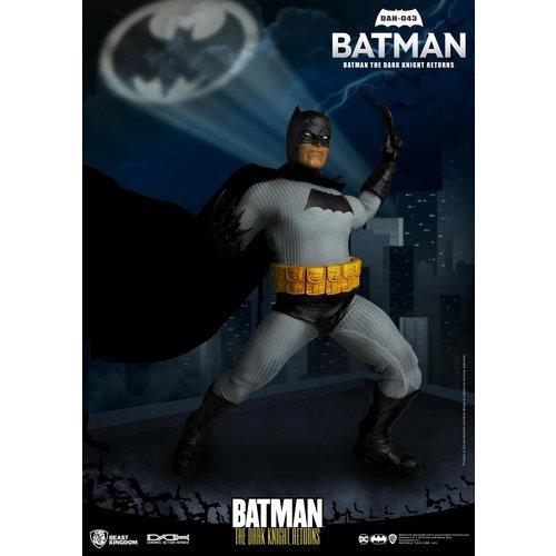 Beast Kingdom DC Comics: The Dark Knight Returns Comic 1986 - Batman 1:9 Scale Figure