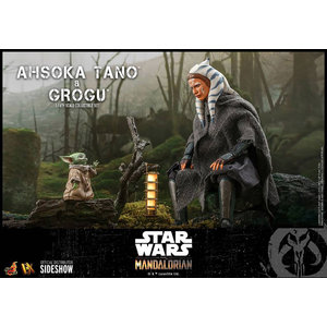 Sideshow Toys Star Wars: The Mandalorian - Ahsoka Tano and Grogu 1:6 Scale Figure Set