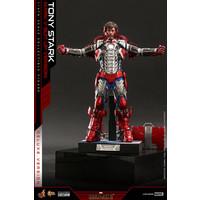 Marvel: Iron Man 2 - Tony Stark Mark V Up Version Deluxe 1:6 Scale Deluxe  Figure
