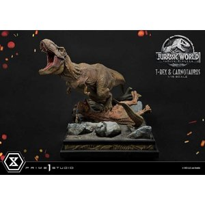 Prime 1 Studio Jurassic World: Fallen Kingdom - T-Rex and Carnotaurus 1:15 Scale Statue