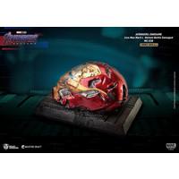 Marvel: Avengers Endgame - Master Craft Iron Man Mark 50 Battle Damaged Helmet Statue