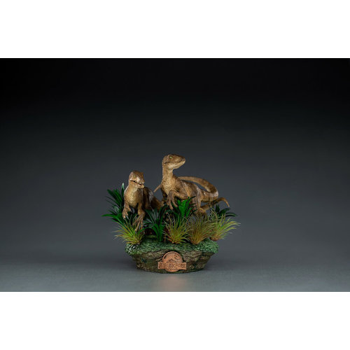 Iron Studios Jurassic Park: Deluxe Just the Two Raptors 1:10 Scale Statue